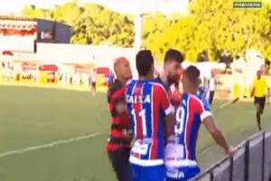 Απίστευτο βίντεο: Άγριο ξύλο μεταξύ παικτών! - «Έπεσαν» 10 κόκκινες στο ματς!