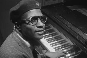 Σαν σήμερα στις 17 Φεβρουαρίου το 1982 πέθανε μια από τις κορυφαίες προσωπικότητες στην ιστορία της τζαζ, ο Θελόνιους Μονκ
