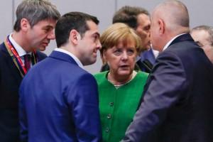 """Τι συζητήθηκε στο """"πηγαδάκι"""" Τσίπρα, Μέρκελ, Μπορίσφ, στη Σύνοδο Κορυφής των ηγετών της ΕΕ"""