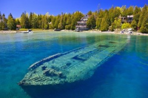 Huron: Η λίμνη που «κρύβει» 22 ναυάγια!