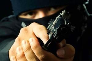 Γνωστός δημοσιογράφος έπεσε θύμα ένοπλης ληστείας!
