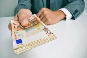Τεράστια ανάσα: Δείτε πως θα πάρετε 1.800 ευρώ μόνο με ένα κλικ εδώ!