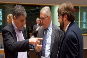 """""""Πλακώθηκαν"""" Τσακαλώτος - Ντράγκι στο Eurogroup!"""