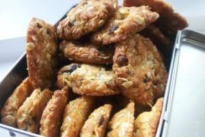 Δε θα μπορέσεις να αντισταθείς σε αυτά τα θεϊκά cookies με βρώμη και κανέλα!