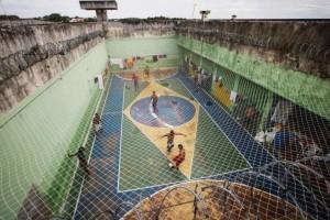 Σοκαριστικές εικόνες από τις βραζιλιάνικες φυλακές! (photos)