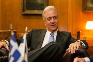 Novartis: Υπόμνημα κατέθεσε στη Βουλή ο Δημήτρης Αβραμόπουλος!