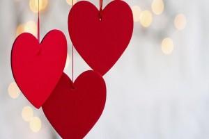Άγιος Βαλεντίνος: 14 τρυφερές και υπέροχες ατάκες για τον έρωτα!