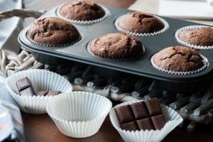 Ένα γλυκό «κόλαση»: Υπέροχα muffins με δύο σοκολάτες!