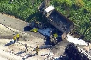 Τραγωδία στην Καλιφόρνια: Φορτηγό «έλιωσε» αυτοκίνητα και μηχανή σκοτώνοντας 5 ανθρώπους! (Video)