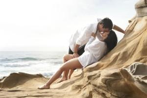 Κορίτσια, έτσι θα τον «κολλήσετε» πάνω σας: Τα 8 πράγματα που κάνουν κάθε άντρα να ζηλεύει!