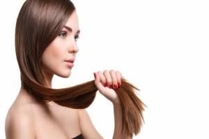 Μπορείς να τις φτιάξεις και μόνη σου: 8 μάσκες για υγιή και λαμπερά μαλλιά!