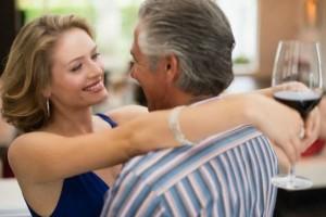 Αληθινή εξομολόγηση: Η κολλητή μου με μισεί γιατί έκανε έρωτα με τον πατέρα της!