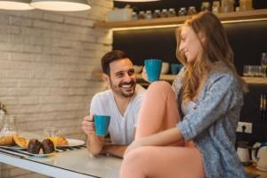 Τι είναι το stashing σε μια σχέση;
