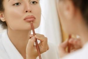 Πώς θα αποκτήσεις υπέροχα και βελούδινα χείλη!