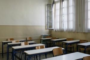 Σοκ σε λύκειο στα Χανιά: Τρεις 16χρονες έσπασαν στο ξύλο συμμαθήτρια τους και την έστειλαν στο νοσοκομείο!