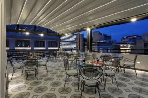 Ένα πρώην διάσημο μπακάλικο στην Αθήνα έδωσε την θέση του σε αυτό το ξενοδοχείο!