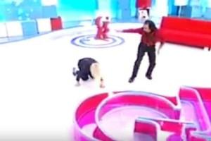 Σωριάστηκε η Αννίτα Πάνια on air! Το ατύχημα της παρουσιάστριας στο πλατό της εκπομπής! (Βίντεο)
