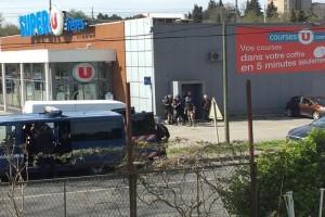 Ομηρία με 2 τραυματίες σε σούπερ μάρκετ στη Γαλλία! - Μαχητής του ISIS δηλώνει ο ένοπλος