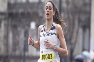 Απίστευτη γκάφα της ΕΡΤ στον Ημιμαραθώνιο: Ο παρουσιαστής δεν πρόσεξε ποτέ την 12χρονη που τερμάτισε τρίτη! (Video)