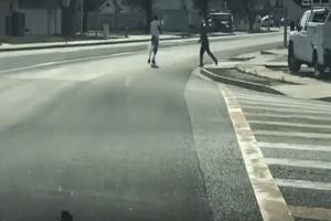 Σοκαριστικό βίντεο: Αστυνομικοί σκοτώνουν on camera άοπλο άνδρα!