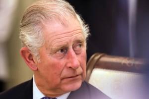 O πρίγκιπας Κάρολος στα ταξίδια του κουβαλάει και το... κρεβάτι του! Θα σας «πέσουν» τα μαλλιά με τις παράλογες απαιτήσεις του!
