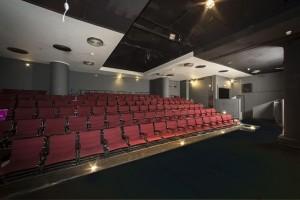 """1+1 εισιτήριο προσφερει το Θέατρο Τέχνης για την παράσταση """"Duende"""" του Σταμάτη Κραουνάκη"""