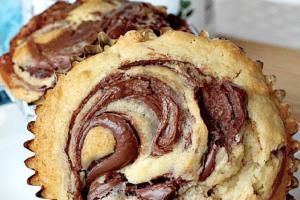 Φτιάξτε τα πιο αφράτα και σούπερ γευστικά μάφινς με nutella!