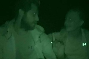 Survivor 2: Το πέσιμο της Δαλάκα στον Νάσο Παπαργυρόπουλο και τα...αγγίγματα! (Βίντεο)