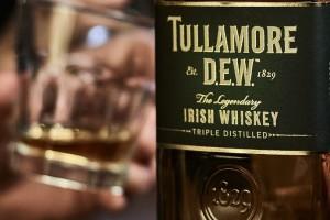 Tullamore D.E.W: Το αυθεντικό Ιρλανδικό ουίσκι που θα σου κάνει «παρέα» το  St. Patrick's!