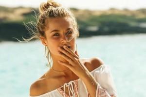 Συγκλονίζει η αποκάλυψη «αγγέλου» της Victorias' Secret: Πάλευε για χρόνια με την ανορεξία