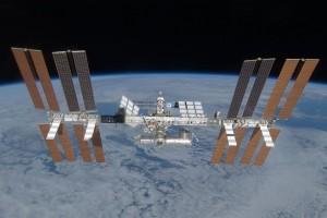 Οι διαστημικοί σταθμοί που ετοιμάζονται για τα επόμενα χρόνια γύρω από τη Γη και τη Σελήνη!