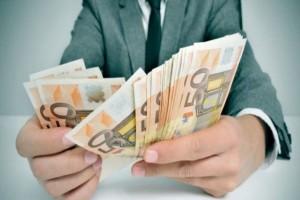 Σας αφορά: Θα βρείτε μέχρι και 1.000 ευρώ στους λογαριασμούς σας την Παρασκευή!
