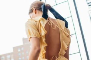 Forever vintage: Τα φορέματα των 80s επιστρέφουν στην μόδα του 2018!