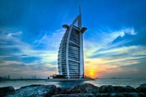 Ξεναγηθείτε στο πιο πολυτελές ξενοδοχείο του κόσμου! (video)
