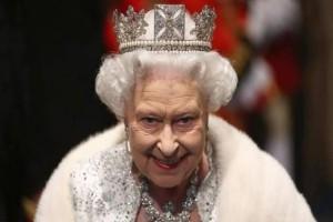 Τρομερές αποκαλύψεις: Η βασίλισσα Ελισάβετ δεν εκτιμά τον πρίγκιπα Κάρολο - Εμπιστεύεται περισσότερο τον Ουίλιαμ και τον Χάρι!