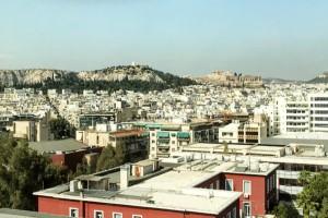 Μπήκαμε στη μεγαλύτερη penthouse σουίτα της Αθήνας! Είναι 100τμ και έχει θέα Ακρόπολη και Λυκαβηττό!