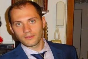 Σπαραγμός για τον ξαφνικό θάνατο του 29χρονου Δημήτρη: Συντετριμμένοι οι μαθητές του μέσα στην τάξη!