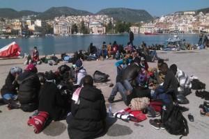 Πάτρα: Σε απόγνωση οι κάτοικοι! - Γεμάτο μετανάστες το λιμάνι