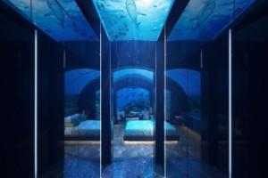 Πως θα σας φαινόταν να κοιμάστε μαζί με ψάρια; Κ' όμως… η πρώτη υποβρύχια βίλα είναι γεγονός! (photos&video)