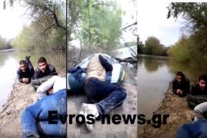 Βίντεο - ντοκουμέντο: Τούρκοι διακινητές περνούν παράνομα Σύρους στον Έβρο!