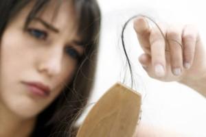 Πρόβλημα φαλάκρας; Κι όμως συμβαίνει και στις γυναίκες!