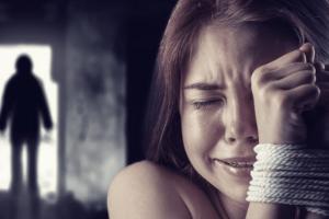 Σοκ: Εξαρθρώθηκε κύκλωμα trafficking αλλοδαπών γυναικών στην Αθήνα!