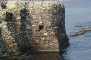 Βρέθηκε αρχαίο αμυντικό τείχος στη Μυτιλήνη! (photo)