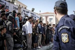Λέσβος: Δικογραφία σε βάρος 17 κατοίκων για την επίθεση κατά προσφύγων