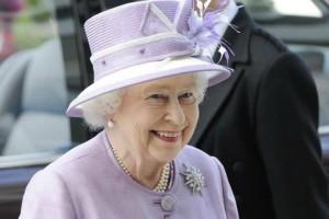H βασίλισσα Ελισάβετ γίνεται αύριο 92χρονών και τα γιορτάζει με τον πιο απρόσμενο τρόπο!