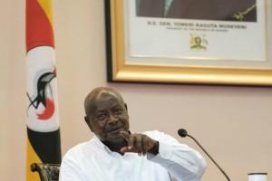 Ο πρόεδρος της Ουγκάντα θέλει να απαγορεύσει το στοματικό sεx γιατί το στόμα είναι για να...τρώμε!