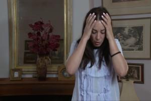 """«Μόνη στα 40»: Το νέο επεισόδιο που θα δούμε σήμερα στις """"Οικογενειακές Ιστορίες""""! (video)"""