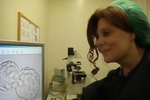 Άκρως πρωτοποριακό: Ελληνίδα γενετίστρια ανέλυσε ανθρώπινα έμβρυα μετά από κατάψυξη!