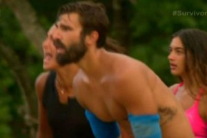 "Survivor 2: Προκλητικός! Η κίνηση του Ηλία που ""τσάκισε"" την Μελίνα Μεταξά! (video)"