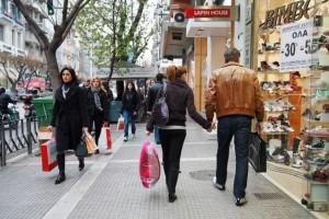 Σας αφορά: Πώς θα λειτουργήσουν τα καταστήματα την ημέρα του Αγίου Πνεύματος;